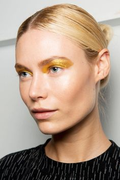Every Makeup Look You Need to See From New York Fashion Week Spring 2017 | Custo Barcelona