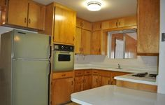 original vintage avocado green oven range kitchen refrigerator 1970 Apache Junction Arizona home house for sale photo