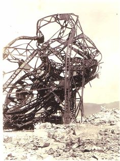 rollercoaster - looks like something besides abandonment also happened here, such mangled tracks would make a hellish ride