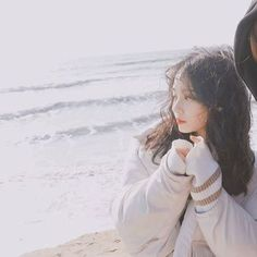 girl, pale and korean image on We Heart It