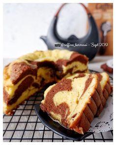 17 Resep dan cara membuat bolu panggang Instagram/@karlinaazis @saffina_bermawi Dessert Cake Recipes, Desserts, Bolu Cake, Resep Cake, Cooking Cookies, Traditional Cakes, Bread Cake, Brownie Cake, Indonesian Food