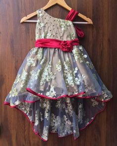 Girls Party Wear, Baby Girl Party Dresses, Dresses Kids Girl, Kids Wear, Baby Girl Dress Patterns, Baby Dress Design, Frock Patterns, Kids Frocks Design, Baby Frocks Designs