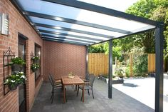 Rustic Pergola With Roof - Pergola Terrasse Fait Maison - Pergola Modernas Hormigon - Pergola Modernas Policarbonato Small Pergola, Modern Pergola, Pergola Attached To House, Deck With Pergola, Outdoor Pergola, Backyard Pergola, Patio Roof, Pergola Kits, Outdoor Rooms