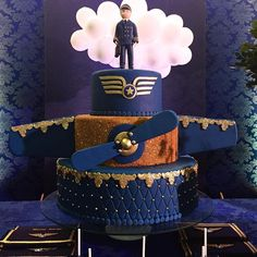Instagram Airplane Wedding, Airplane Party, Airplane Birthday Cakes, Airplane Cakes, Planes Cake, Dad Cake, Pilot Gifts, Retirement Cakes, Sons Birthday