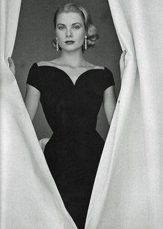 Grace Kelly, Princess de Monaco - 19 April 1956 - Photo by Howell Conant - @~ Watsonette
