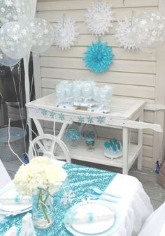 Elegant Ombre Frozen Party | CatchMyParty.com