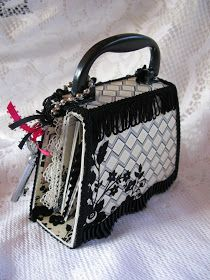 Martica Designs: An Adorable Purse Mini.....(album)