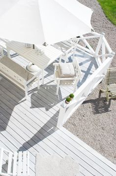 Costal decking ~ lovingly repinned by www.skipperwoodhome.co.uk