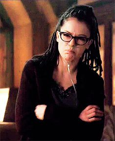"""Ali: *whispers* """"He's hot!""""  The girls' reactions to Cal were perfect. #OrphanBlack"""