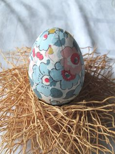 Lovely liberty easter egg craft project full tutorial on our blog lovely liberty easter egg craft project full tutorial on our blog alice caroline holiday type treats pinterest egg crafts liberty and easter negle Gallery