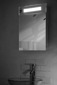 Spiegelkast met tl en stopcontact - 40x60 cm  | 9.sbrk84