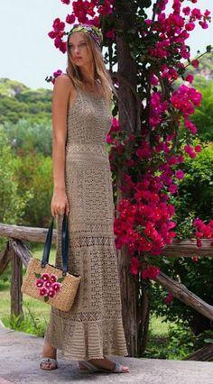 Романтическое платье крючком схема. Схема длинного платья крючком |