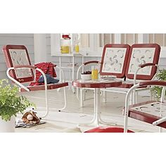 Vintage Lawn Furniture - I have some almost exactly like this on my side patio!