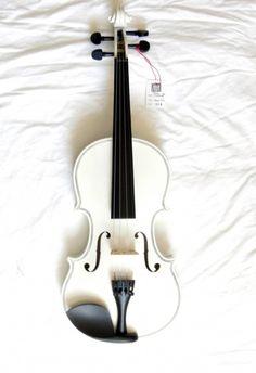 sob os meus olhos Confira aqui http://mundodemusicas.com/lojas-instrumentos/ as melhores lojas online de Instrumentos Musicais.