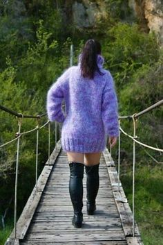 Turtleneck Outfit, Thick Girl Fashion, Red T, Mohair Sweater, Hand Knitting, Turtle Neck, Purple, Sexy, Sweaters