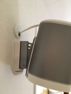 Mounting And Hiding Cables For Sonos Play 1 Interieur