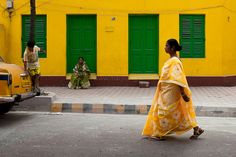 A colorful street of Kolkata (Calcutta), West Bengal, India.