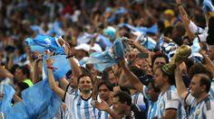 Torcida argentina (2) para matéria sobre rivalidade na Copa #dECObertura