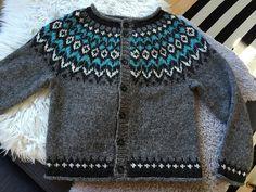 Ravelry: Project Gallery for Riddari pattern by Védís Jónsdóttir Fair Isle Knitting Patterns, Knitting Designs, Knitting Projects, Icelandic Sweaters, Cold Weather Fashion, Cardigan Pattern, Boy Fashion, Textiles, Knit Crochet