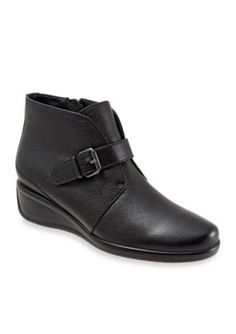 Trotters Black Mindy Casual Shoe