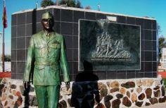 Ira Hayes statue monument