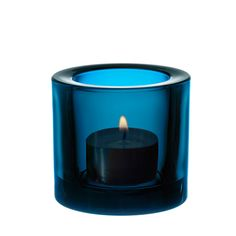 iittala Kivi Candle Holder - Deep Turquoise The iittala Kivi, designed by Heikki Orvola, are simple and elegant Finnish glass votive candle holders. These standard colors are necessary and basic colors that complement any environment. Glass Votive Candle Holders, Mood Light, Royal Design, Retro Home, Marimekko, Tea Light Holder, Colored Glass, Scandinavian Design, Scented Candles