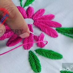Hand Embroidery For Beginners Basic Embroidery Stitches, Embroidery Works, Embroidery For Beginners, Crewel Embroidery, Hand Embroidery Patterns, Embroidery Techniques, Cross Stitch Embroidery, Embroidery On Kurtis, Mexican Embroidery