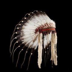 Crow style feather headdress/war bonnet 2126.12.01 (side view) ☩ «4Colors»™