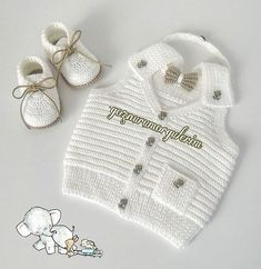 Over 100 free beginners knitting patterns and projects - Knitting Projects Newborn Crochet Patterns, Knitting Patterns Free, Knit Patterns, Hand Knitting, Crochet Baby Clothes, Crochet Baby Shoes, Knit Crochet, Cardigan Bebe, Baby Cardigan