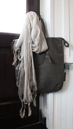 Zusss bag/ tas van Zusss, gefotografeerd voor De Slaaphoek