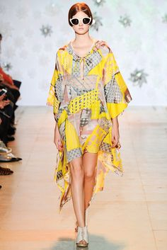 Tsumori Chisato Spring 2015 Ready-to-Wear - Collection - Gallery - Look 35 - Style.com