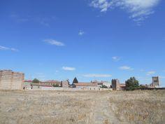 Murallas y torres cercanas a la Puerta de Peñaranda.