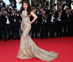 Aishwarya Rai Bachchan in Roberto Cavalli #bollywood #fashion #style Digitally print your own unique fabric and style your own wardrobe in India.#digitalprint #india #digitalprintfabric www.chimoraprint.com