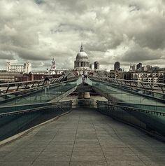 MillenniumBridge, London, England