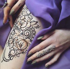 Henna art by Anna