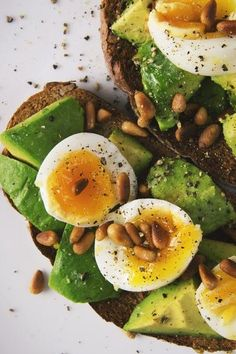 In a Keto Rut? Here Are the 5 Best Places to Get Those Essential Fats #ketodiet #ketosis #essentialfats #balanceddiet