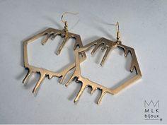 boucles d'oreilles hexagone qui coule par MLKbijoux sur Etsy www.facebook.com/mlkbijoux
