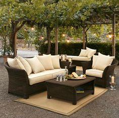 Outdoor setting - villa garden