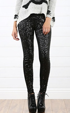 Black sequin leggings + black spiked boots.. yes, i have them!! *-* ♥