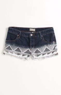 cute shorts from pacsun Roxy Clothing, Teen Fashion, Fashion Outfits, Fashion Shorts, Summer Outfits, Cute Outfits, Surfer Girl Style, Lifestyle Clothing, Cute Shorts