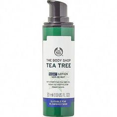 Use The Body Shop Tea Tree Blemish Fade Night Lotion to improve the appearance of blemish-damaged skin, control oiliness and moisturize while you sleep; a light, moisturizing, non-oily lotion that sinks into the skin. Best for oily/blemished skin. Body Shop Tea Tree, The Body Shop, Spot Treatment, Skin Treatments, Oils For Dandruff, Best Skin Cream, Eye Cream, Tea Tree Oil For Acne, Cellulite Scrub