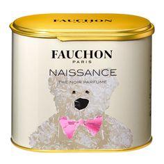 Le bonheur, ça se fête et ça se boit. Chaudement. Mais jamais à plus de 95°. <br /> Un thé au parfum d'amandes torréfiées, comme des dragées.