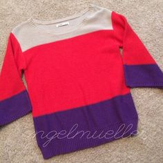 "Three tone color block sweater This sweater has several elements making this the perfect sweater. Tan, red, and purple color blocking. Wide, flared sleeves. Length: 25.5"", bust: 18.5"", sleeve length: 15.5"". One small loose thread, doesn't appear to be coming loose, in picture 3. This item is used and may have imperfections. Old Navy Sweaters Crew & Scoop Necks"