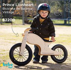 Bicicleta de balance de Prince Lionheart para niños y niñas, ideal para enseñarle a andar en bici, está increible! #bebe #madera www.ebebe.mx