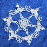 Snowcatcher Snowflake Directory. Dozens and dozens of free crochet snowflake patterns!