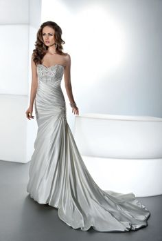 Enter+to+win+this+wedding+gown+from+Demetrios!+Click+the+image+for+details!+#giveaways