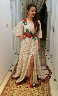 Black and red lace Prom Party Dresses, Evening Dresses, Abaya Fashion, Fashion Dresses, Simple Dresses, Casual Dresses, Frock Patterns, Mexican Dresses, Indian Gowns