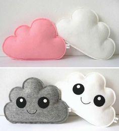 Coudre un coussin nuage - Patron Couture - Breizh Mama Coudre un coussin nuage - Patron Couture - Breizh Mama Felt Crafts Diy, Cute Crafts, Sewing Crafts, Sewing Projects, Crafts For Kids, Fall Crafts, Felt Cushion, Felt Pillow, Cute Pillows