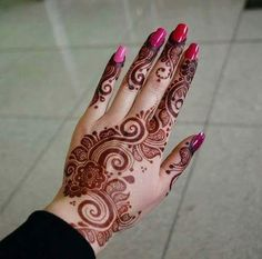 Floral Latest Mehndi Designs 2019 For Hands, There is the growing trend of mehndi designs, also known as henna tattoo designs which is now the main element for women. Latest Bridal Mehndi Designs, Mehndi Designs 2018, Unique Mehndi Designs, Beautiful Henna Designs, Mehndi Designs For Hands, Simple Mehndi Designs, Henna Tattoo Designs, Mehandi Designs, Henna Tattoos