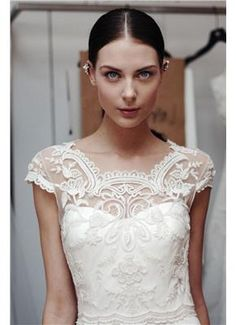 Oscar de la Renta Bridal S/S 2015 Backstage στην τελευταία bridal συλλογή του Όσκαρ ντε λα Ρέντα - gamos.gr www.gamos.gr #gamos #wedding